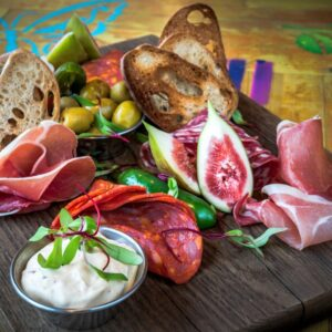 TAPASE-VALIK-TАПАС-АССОРТИ-TAPAS-SELECTION-TAPASLAUTANEN